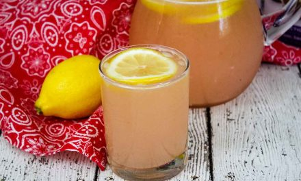 Rhubarb Lemonade – a homemade sugar-free recipe