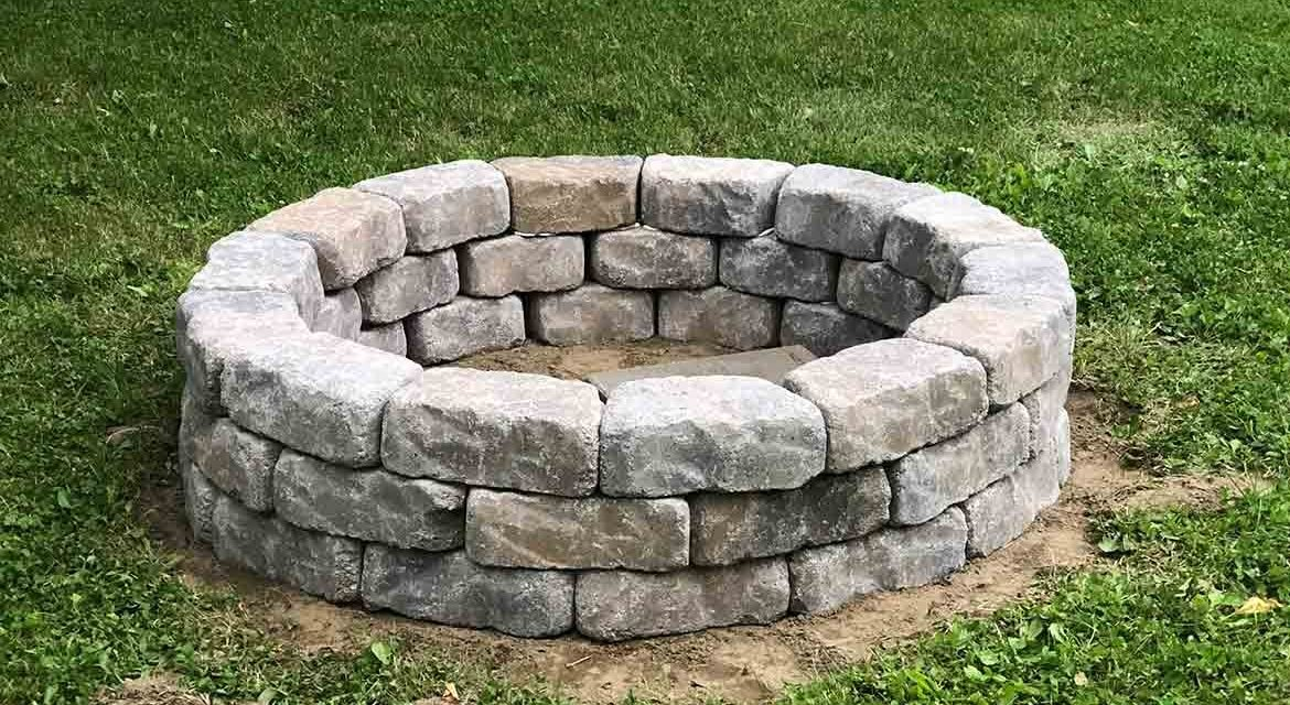 Diy Stone Fire Pit For Your Backyard Homestead Honeybunch