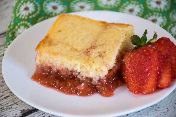 Homemade Strawberry Rhubarb Pudding Cake